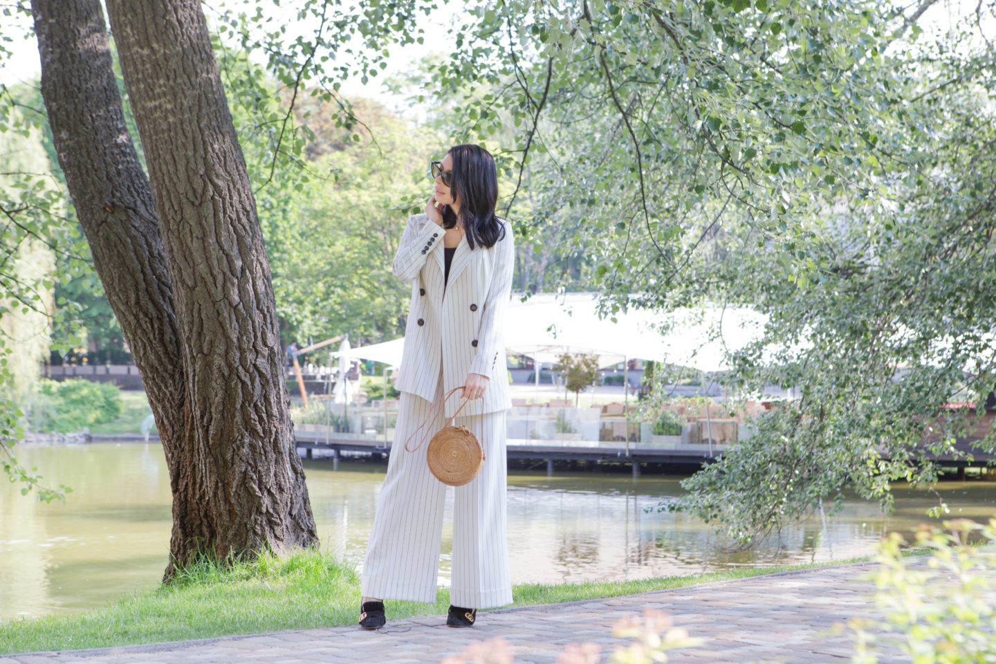 Stripes suit for summer – Ретро образ